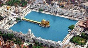 Harmandir-Darbar-Sahib-Golden-Temple-India-01