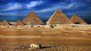20131202_piramids