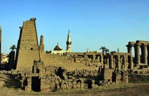 Luksorskij-hram