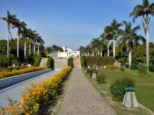 Pinjore_Garden_Chandigarh_India_(8)